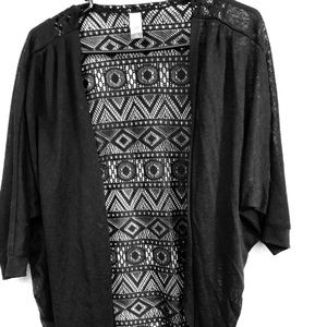(M) No Boundaries Black, Lace Back cardigan top